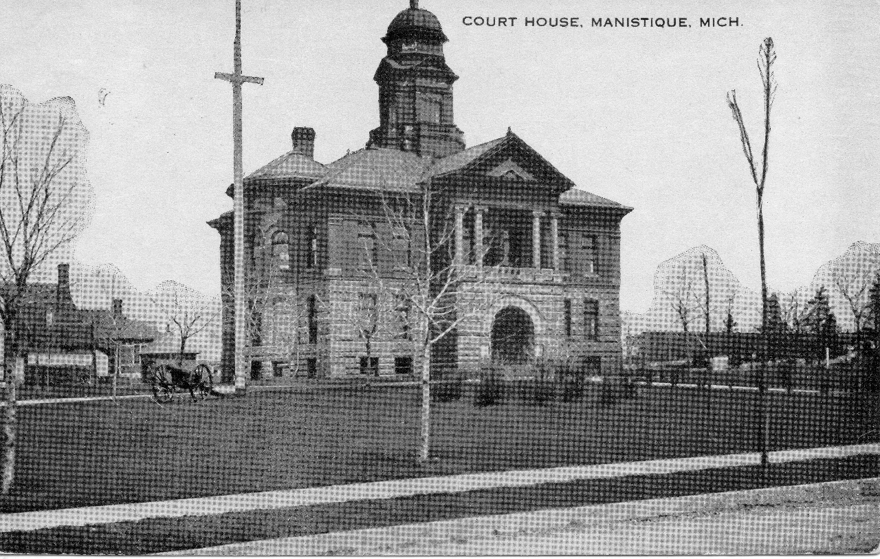 The Civil War Cannon on the Court House Lawn - 1915 Image
